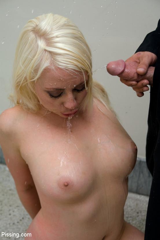 Black Cocks Pisssing On Blondes
